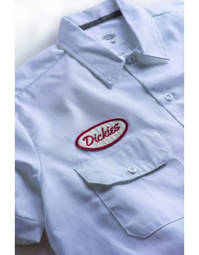 Camisa Rotonda South Dickies blanca detalle parches