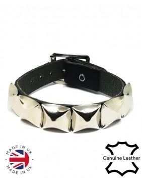 1 Row pyramid leather wristband