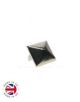 Pyramid metal stud
