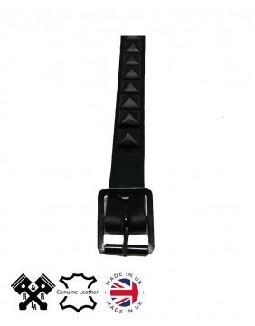 1 Row Pyramid Leather Choker Flat Black, detail