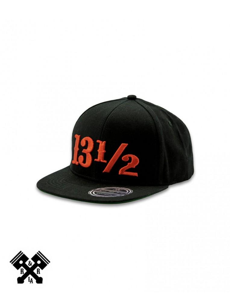13 1/2 Gorra Logo Negro